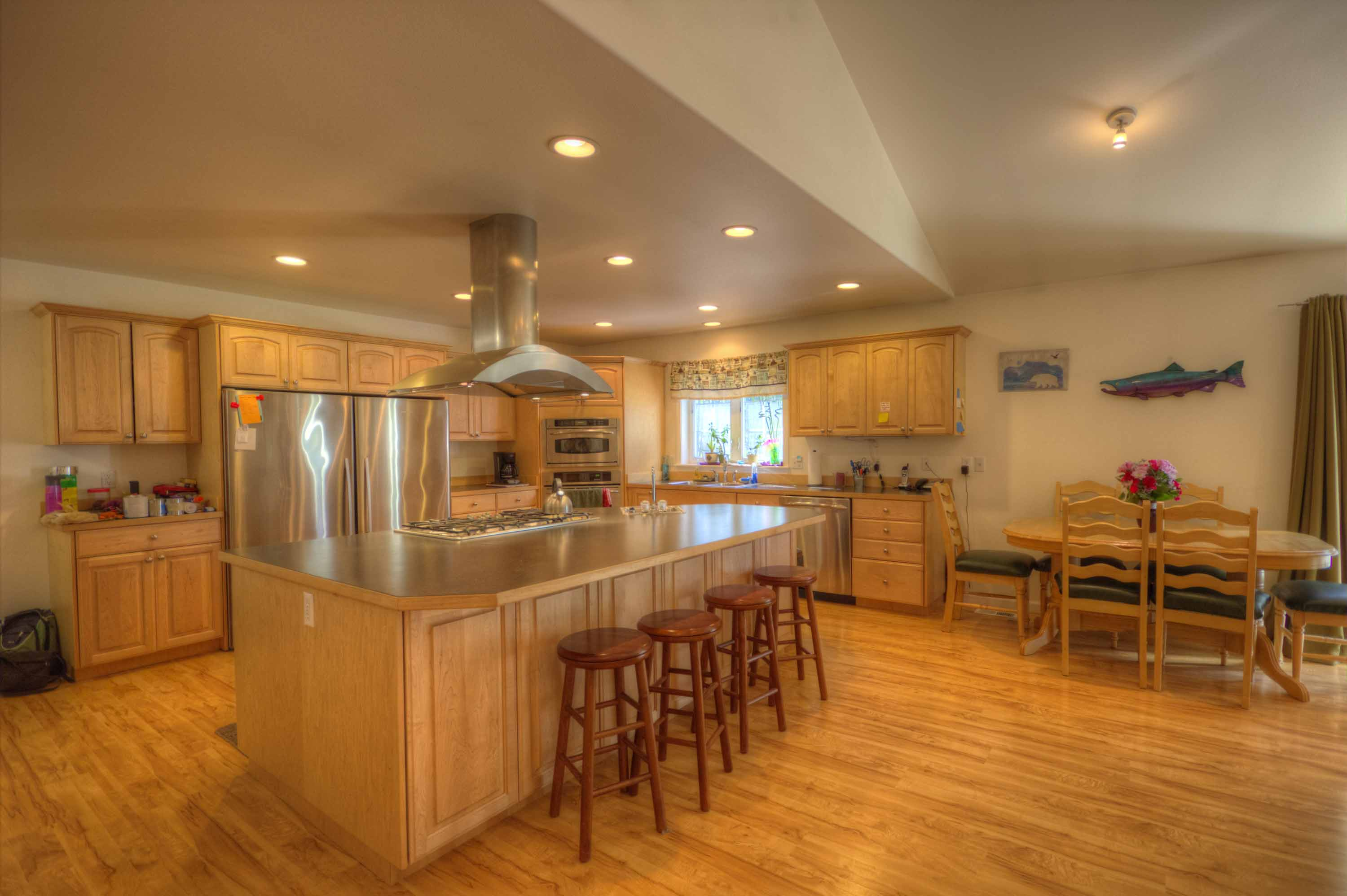 5770 e frost circle wasilla sold alaska real estate for Kitchen great room